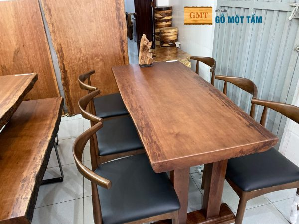mẫu bàn ăn gỗ gụ tphcm
