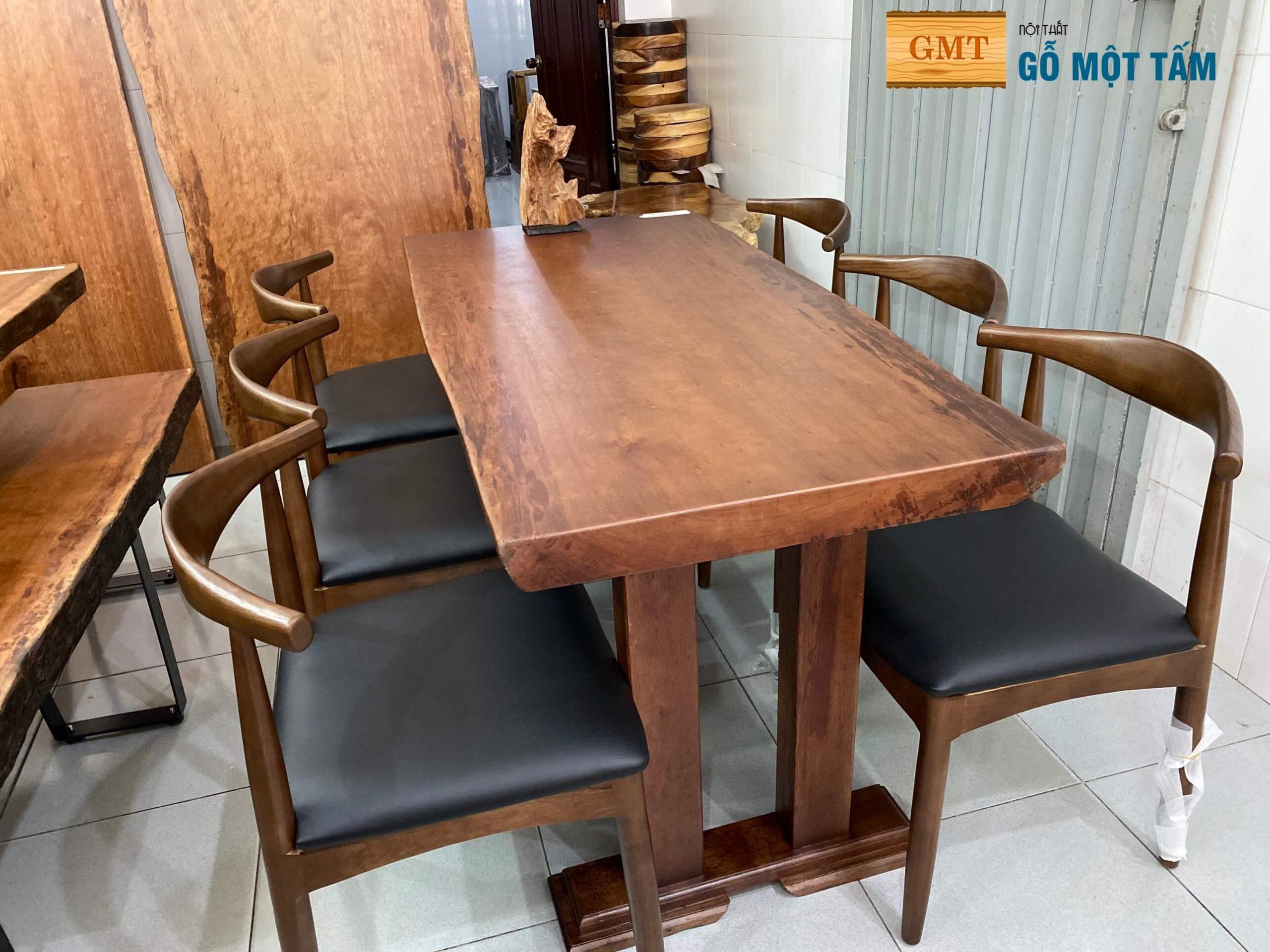 bàn gỗ gụ đẹp nhất