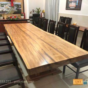 Mặt bàn gỗ lim nguyên tấm tự nhiên giá rẻ