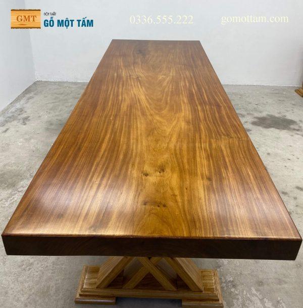 bàn ăn gỗ lim nguyên tấm