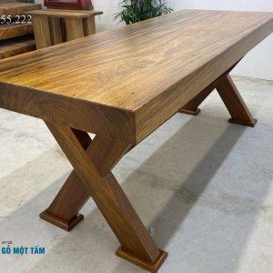 bàn làm việc gỗ kim nguyên tấm