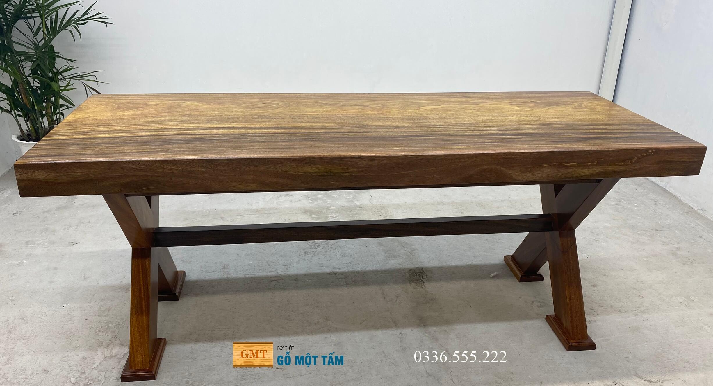 bàn làm việc gỗ kim nguyên tấm 6