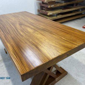 bàn gỗ lim nguyên khối giá rẻ-min