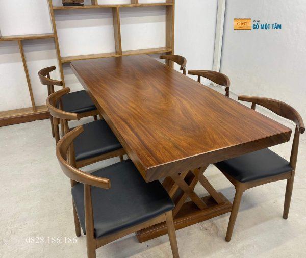 bàn gỗ lim nguyên khối 2
