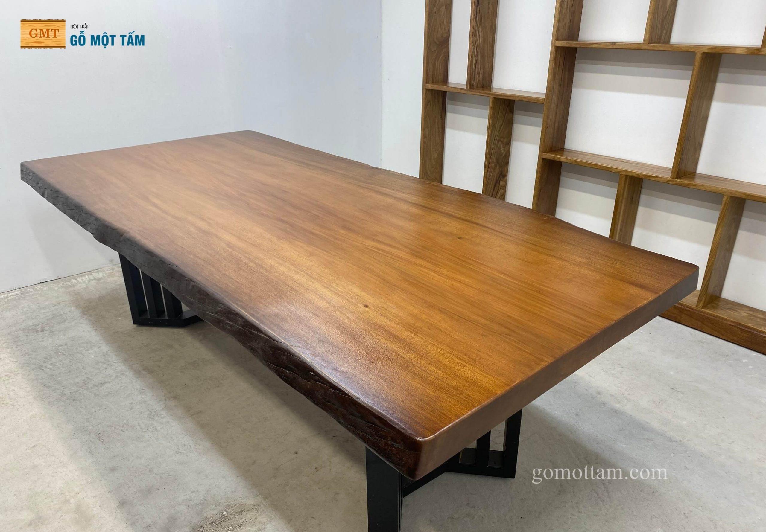 bàn họp gỗ nguyên khối 1