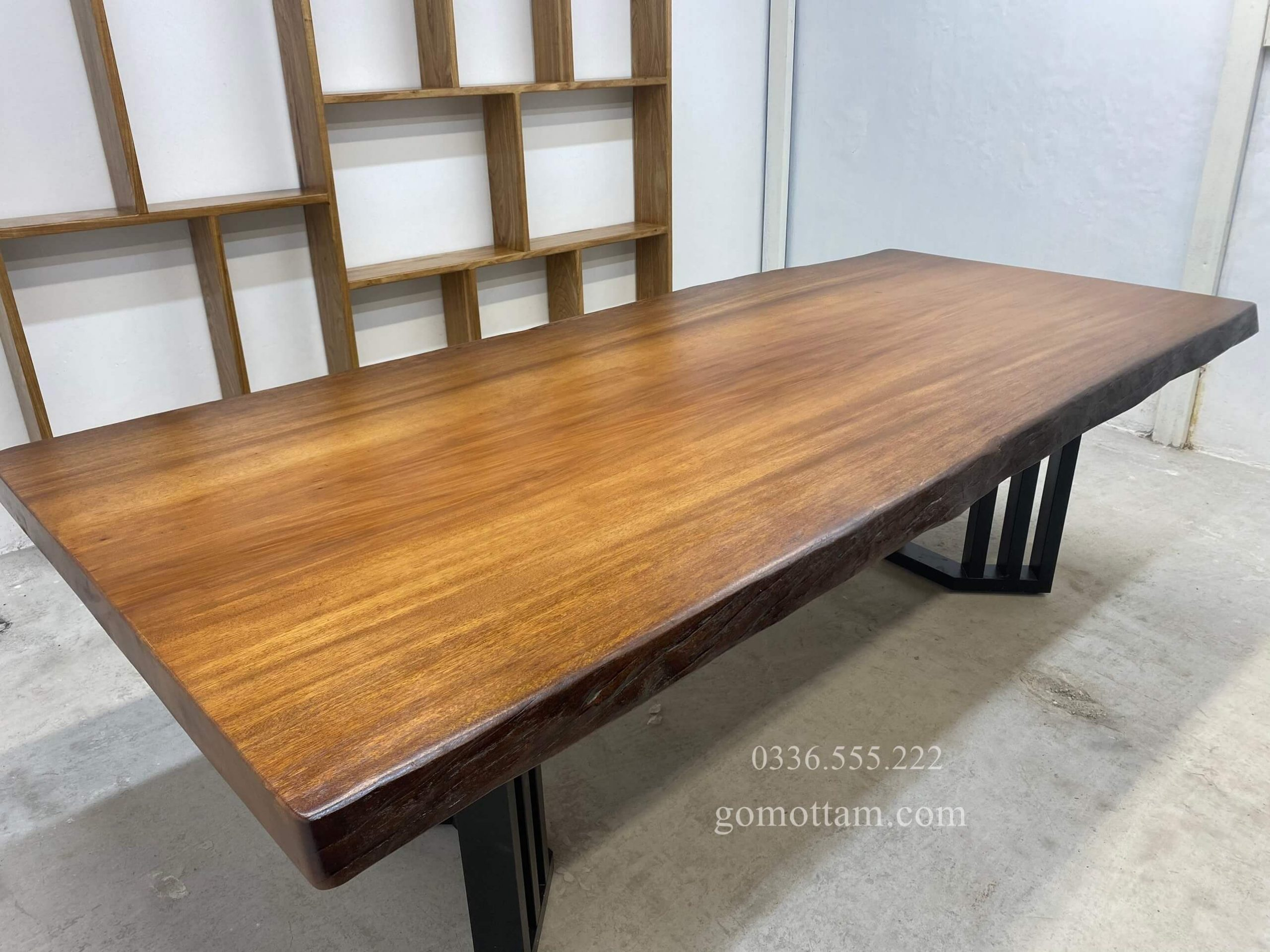 bàn họp gỗ nguyên khối