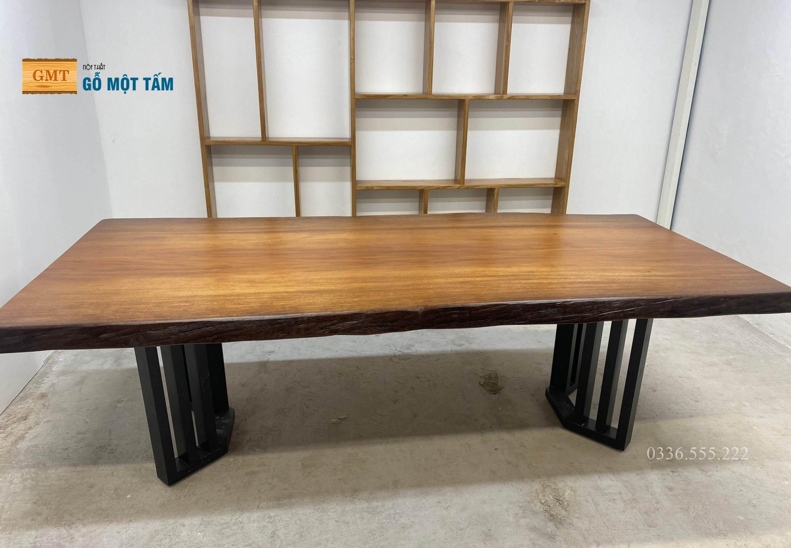 bàn họp gỗ tự nhiên 2