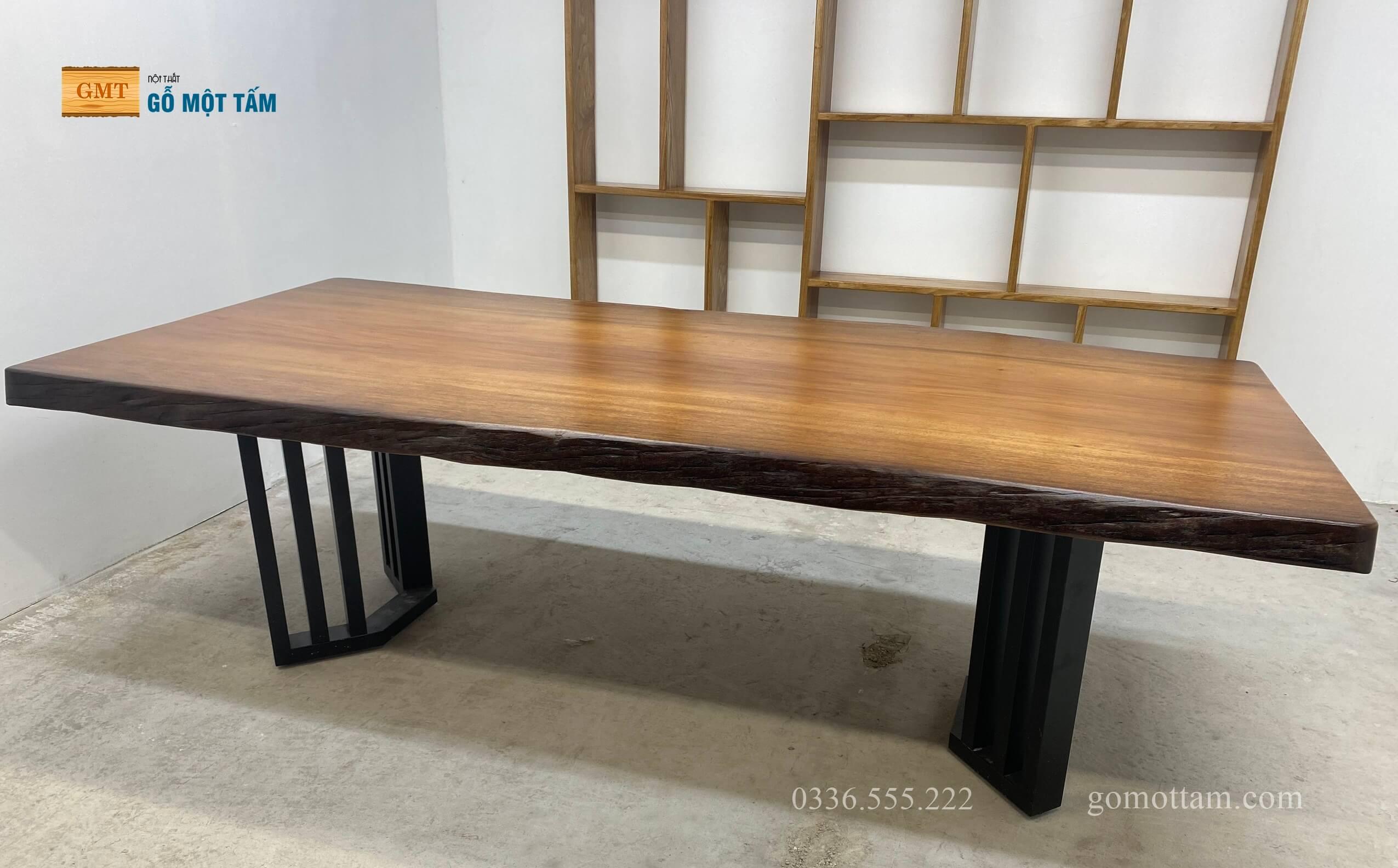 bàn họp gỗ tự nhiên giá rẻ