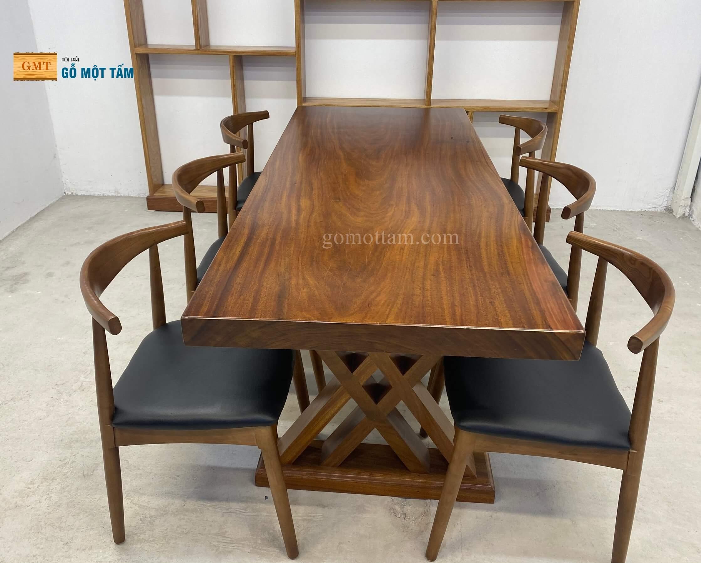 bộ bàn ăn gỗ lim nguyên khối 3