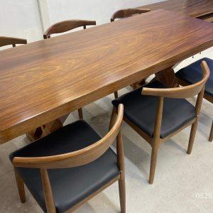 bộ bàn ăn gỗ lim nguyên khối