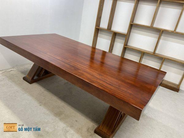 Bàn ghế gỗ gõ nguyên khối