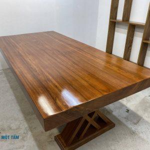bàn gỗ gõ nguyên khôi
