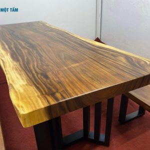 bàn ăn nguyên tấm