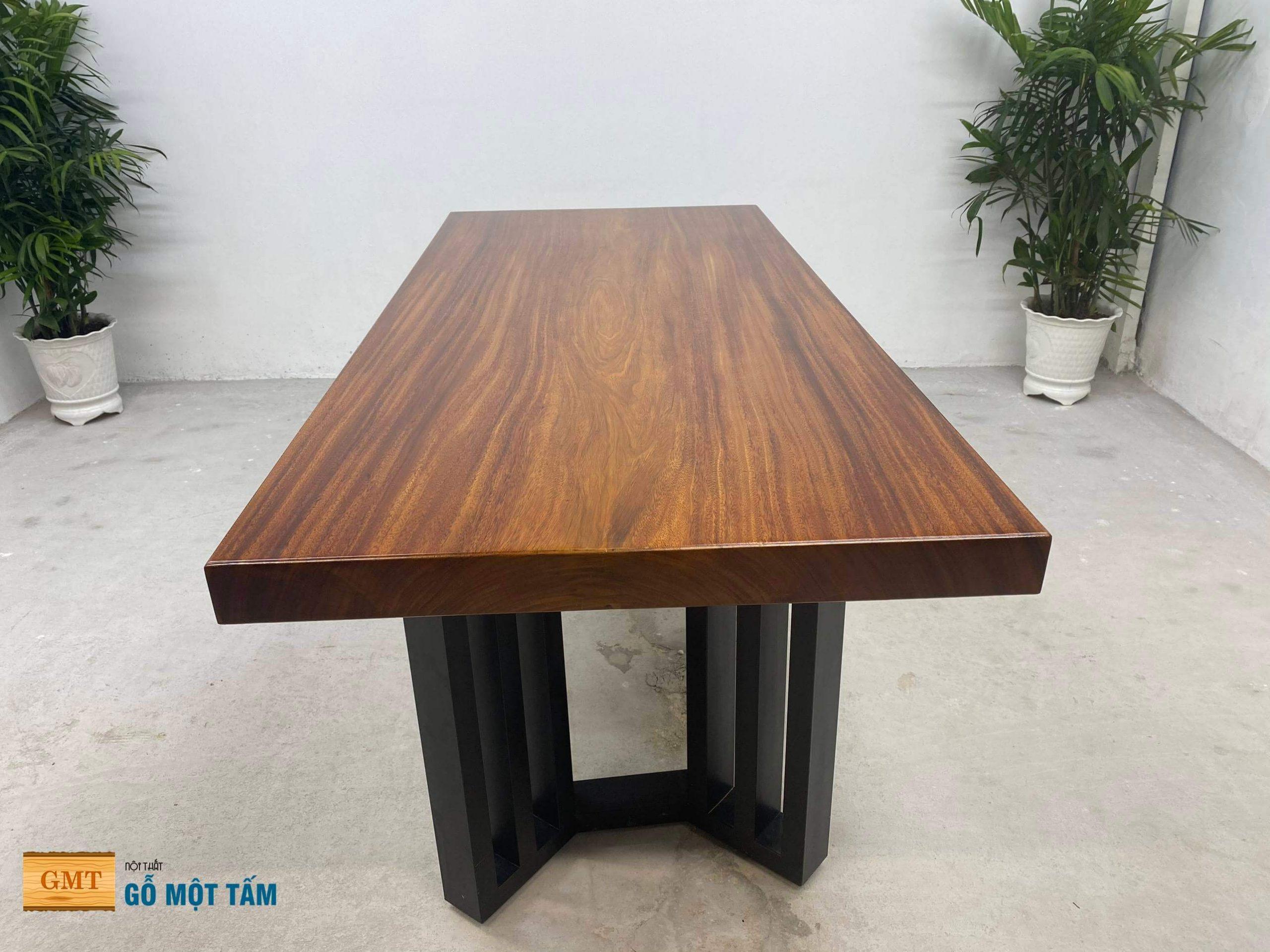 bàn gỗ lim